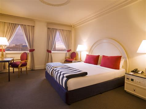 Savoy Hotel Rooms by Hotel Vibe Savoy Melbourne Liv Hambrett