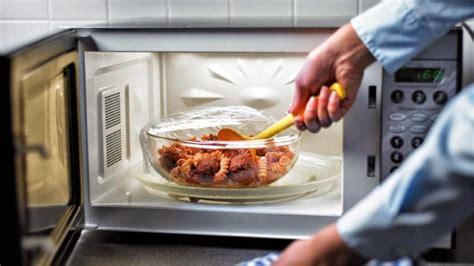 cucinare a microonde cottura al microonde sfatiamo i falsi miti