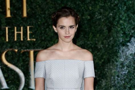 hair pubic thick emma watson emma watson only works out 30 minutes a day and doesn t