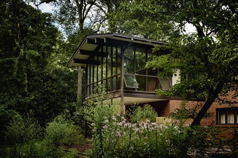 mid century modern home design blogs see 8 mid century modern southpark homes in mad about