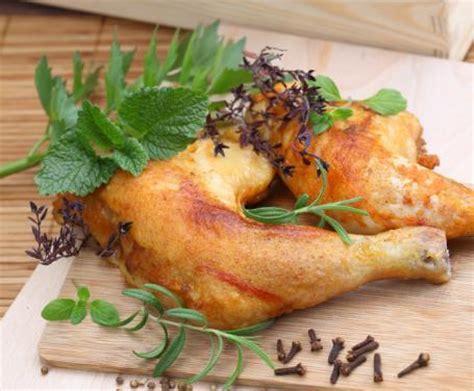 cucinare le cosce di pollo in padella cosce di pollo in padella la ricetta per preparare cosce