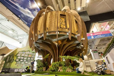living  high life luxury  treehouse unveiled