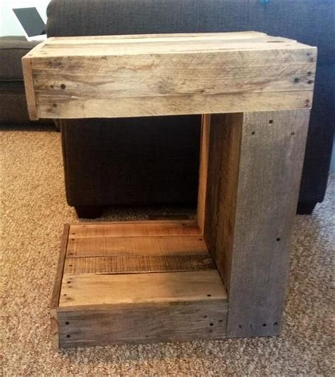 Pallet Side Table 11 Diy Pallet Side Table Ideas Diy To Make