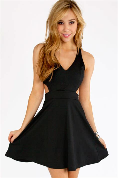 cut out v tank skater dress tobi