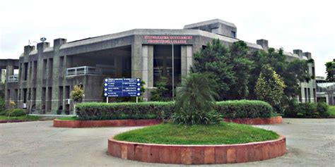 Gtu Mba Colleges In Ahmedabad by Vishwakarma Government Engineering College Ahmedabad 13