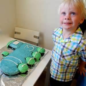 zug kuchen kindergeburtstag a of sixpence birthday cake