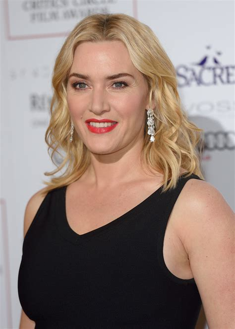 kate winsle kate winslet dazzles in david morris at the critics