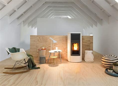 riscaldare casa senza termosifoni riscaldare casa due obiettivi risparmiare e non sentire