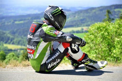 Motorrad Lederkombi Kawasaki by Gearbiker S Home Biker Unterwegs Mit Kawasaki Lederkombi 2
