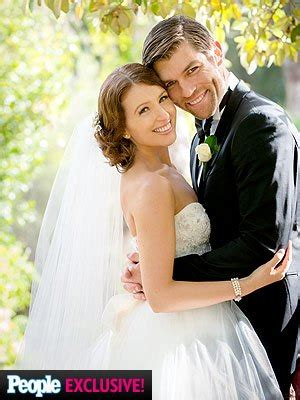 liam mcintyre weds erin hasan: see the photos! | people.com