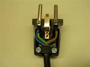 le mit stecker kabel mit schukostecker an anderes kabel anbringen seite