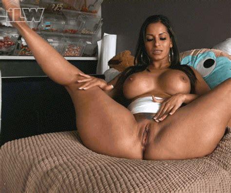 Thick latina creampie