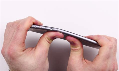 iphone 6 reviews details and bending problems video demonstrates reported iphone 6 plus bending issues