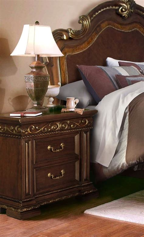 antique style bedroom sets valentine antique style queen 4 pc bedroom set in dark