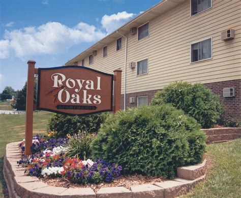 1 bedroom apartments in des moines royal oaks des moines ia apartment finder