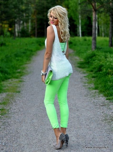 fashion tips for mid 30s women professional looks for female in mid 20s you don t need a