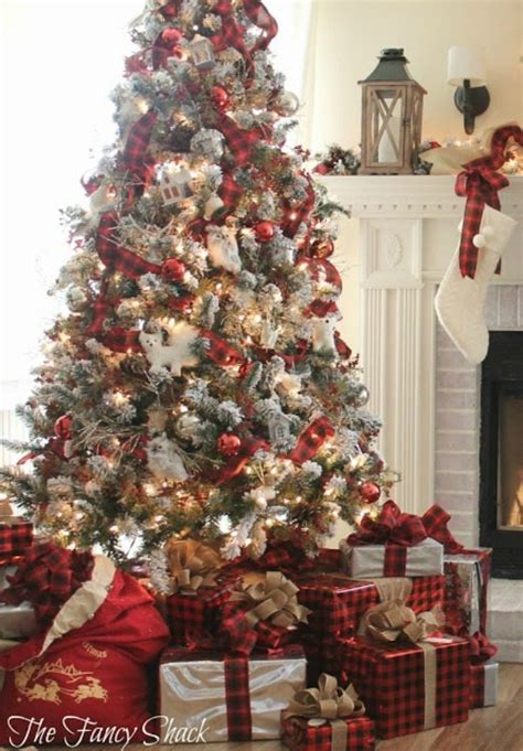 christmas tree decorating ideas with plaid ribbon plaid tree ideas plaid is always in style