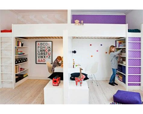 une chambre pour deux partager la chambre en deux avec des lits mezzanines