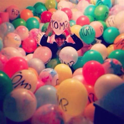 how many balloons to fill a room 17 best images about promposal on to be invitations and stuffed animals