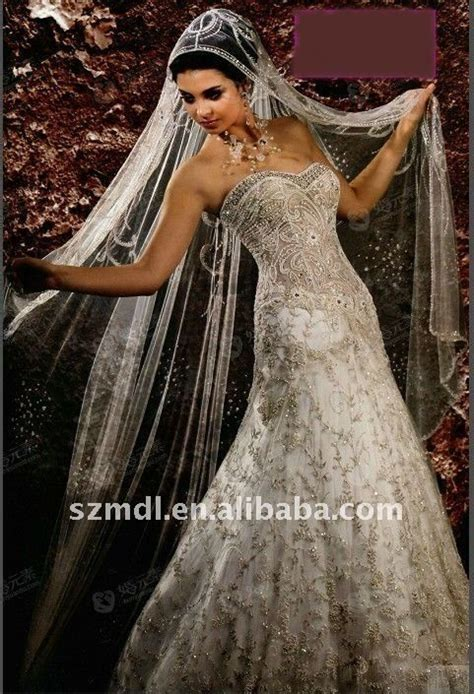 Best 25  Arabic wedding dresses ideas on Pinterest