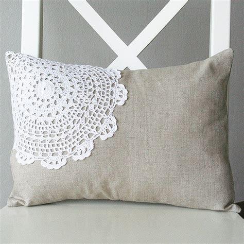 cucire un cuscino tante idee per personalizzare un cuscino la figurina