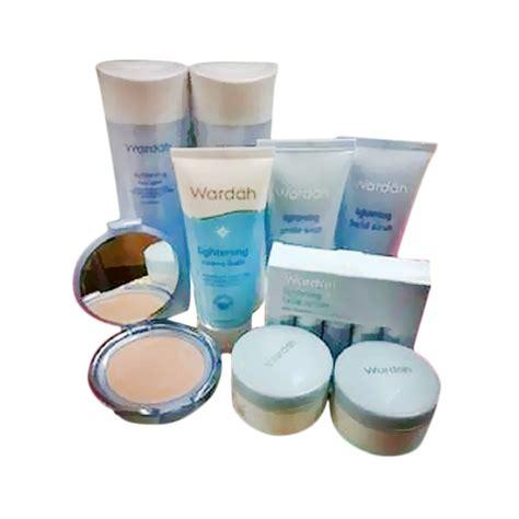 Pemutih Wajah Wardah Dan Harga jual wardah paket lightening series perawatan wajah harga kualitas terjamin blibli