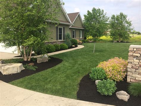 curb appeal lawn care lawn care curb appeal landscape lawncare