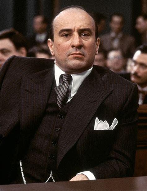 film gangster robert de niro robert deniro as al capone in the untouchables mafia