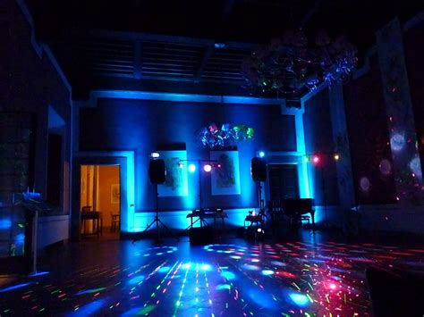 childrens disco lights bedroom disco party in a castle in tuscany mobile dj and mobile