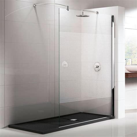 parete doccia soluzioni con pareti doccia in cristallo e piatti doccia