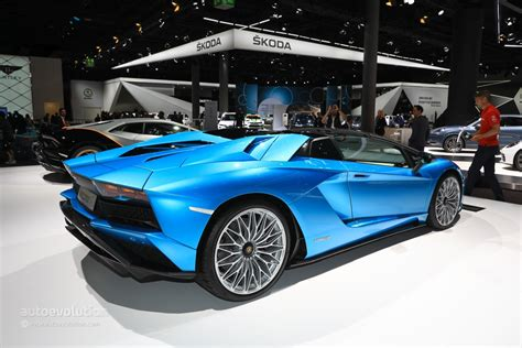 lamborghini aventador a roadster lamborghini aventador s roadster parades blu aegir color in frankfurt autoevolution