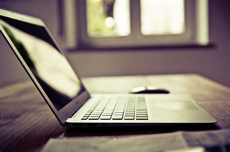 7 essential tools that every freelance writer should use