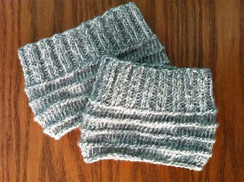 how to knit boot cuffs easy knit boot cuffs allfreeknitting