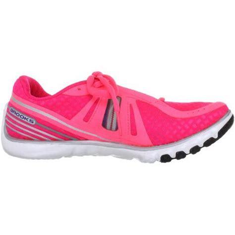 top neutral running shoes 13 best neutral running shoes november 2016