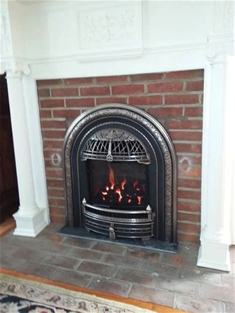 Small Fireplace Inserts by The Is A Style Gas Insert Designed To