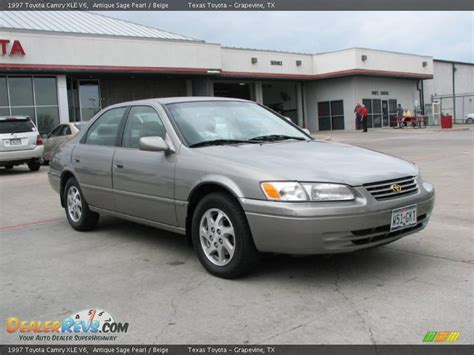 1997 Toyota Camry Xle 1997 Toyota Camry Xle V6 Antique Pearl Beige Photo