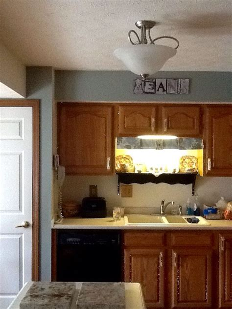quot before quot of cabinet doors before refacing with