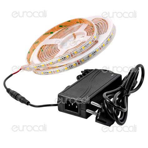 illuminazione striscia led illuminazione con strisce led