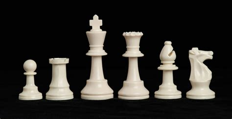 Affordable House triple weighted regulation plastic chessmen 3 75 king