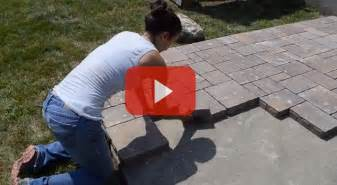How To Lay Patio Pavers On Dirt Diy Outdoor Living How To