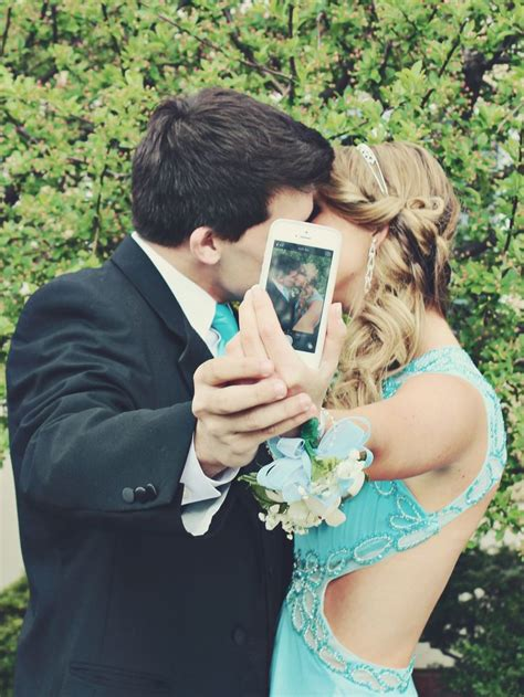 hot prom themes 78 images about prom poses on pinterest group poses