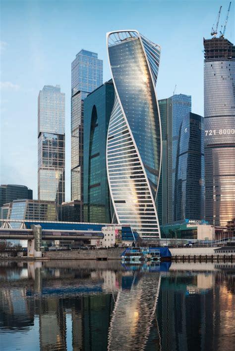 twisting towers  grattacieli  torsione floornature