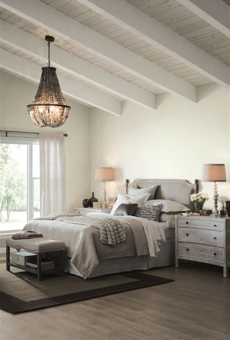 sherwin williams  color   year  white