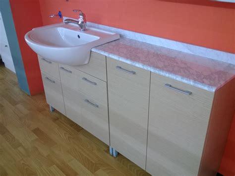 arredo bagno stock bagno moderno stock