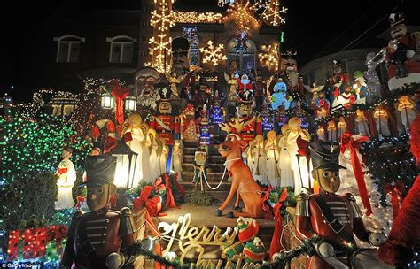 best christmas home decorations in brooklyn neighborhood s lights draw visitors from around the world as residents