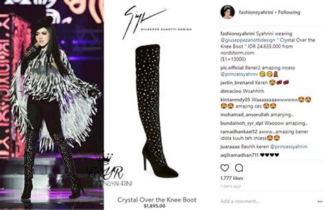 Sepatu Fashion Syahrini 1809 tak cuma bertabur swarovski 5 koleksi sepatu boots syahrini ini juga fantastis kabar berita