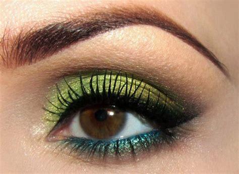 eyeliner tutorial romana i migliori colori di ombretti per gli occhi scuri