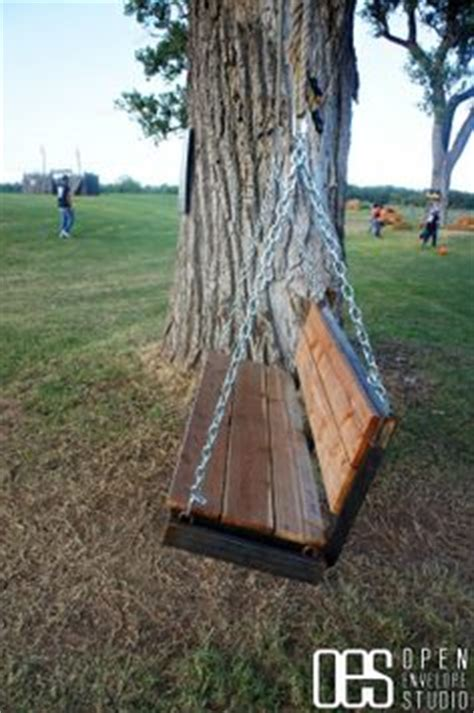 swing hanging from tree how to hang a porch swing from a tree limb trees a tree