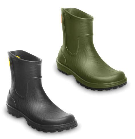 mens crocs boots new mens genuine crocs wellies pull on wellington