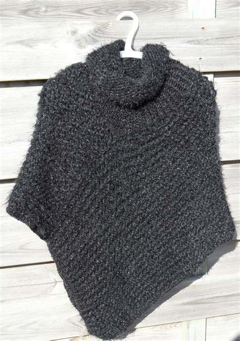 loom knit poncho poncho 003 breien op een breiring